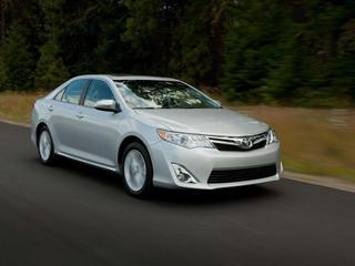 Toyota представила седьмое поколение Camry
