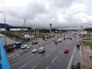 Через год первый участок платной трассы Москва-Питер вместе с многоуровневой развязкой на пересечении МКАД и Бусиново...