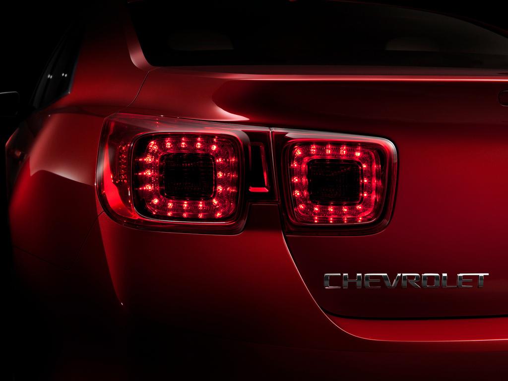 Фото новый Chevrolet Malibu.