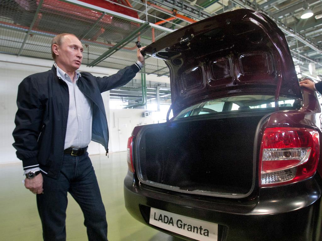 У Путина незаLADилось с новой Lada Granta (19 фото+3 видео) .