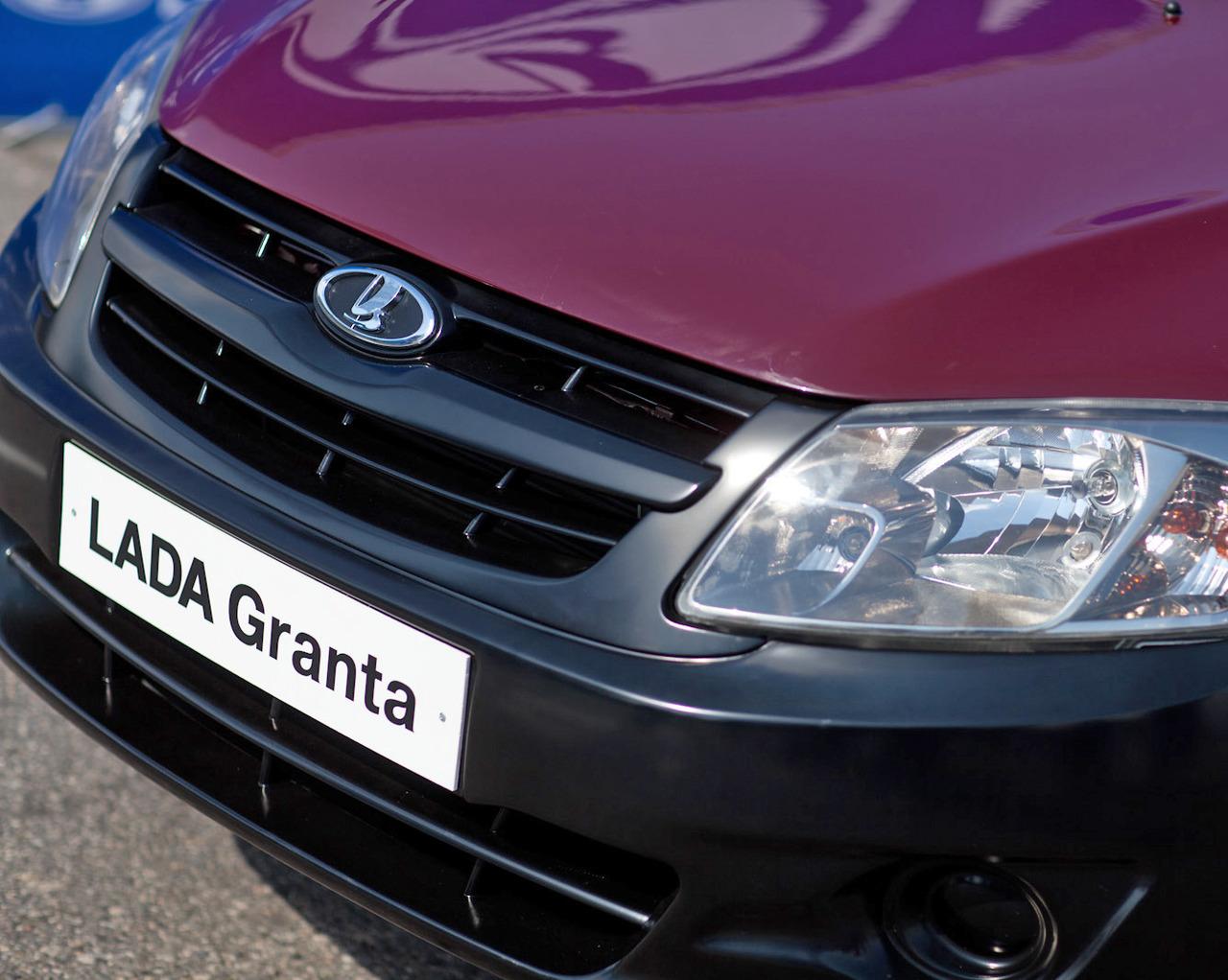 У Путина незаLADилось с новой Lada Granta (29 фото + 3 видео) .