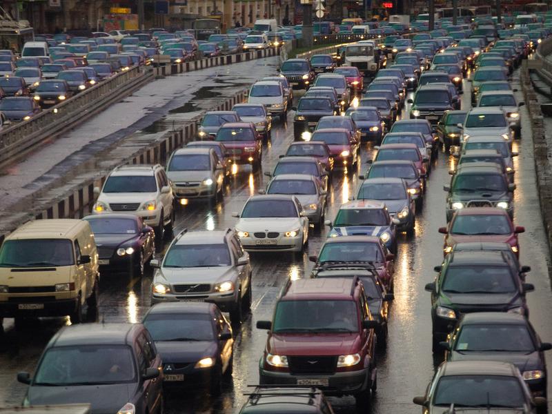 Московские дороги перегружены на 40%