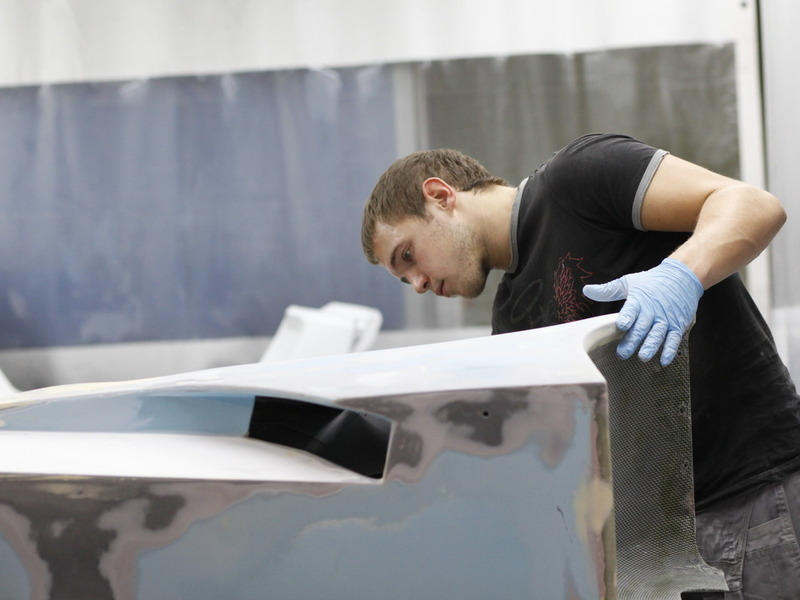 Marussia B1 B2 завод производство маляр