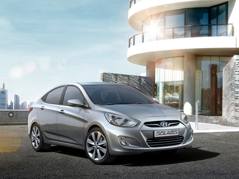 Hyundai solaris седан.