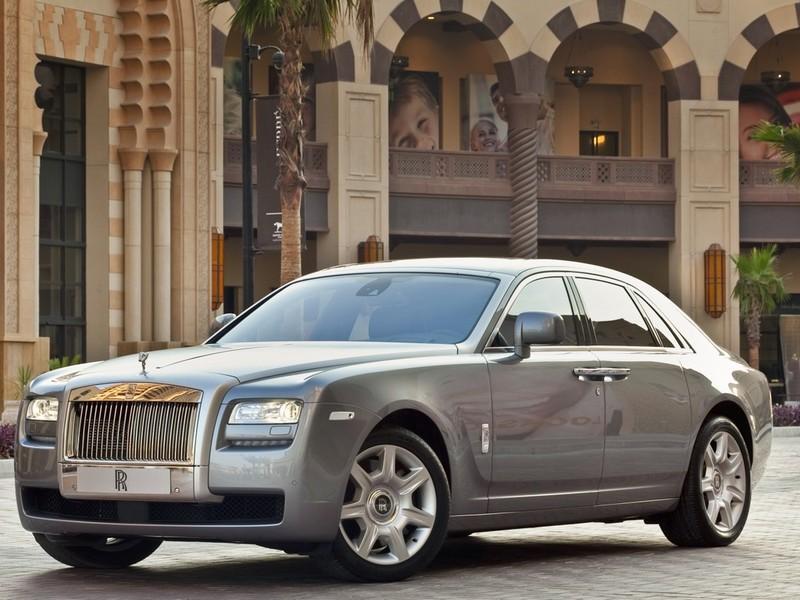 Члены Совета Федерации не стесняются покупать дорогие машины