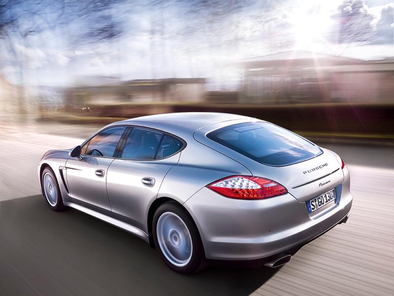 Гибридный Porsche Panamera выйдет в 2014 году