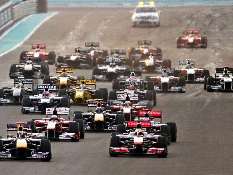 Экклстоун поделится деньгами с Ferrari и Red Bull