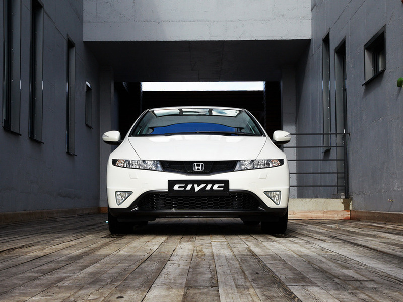 2012 Honda Civic 5D R-series