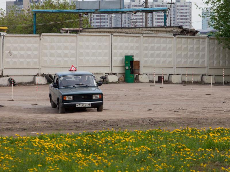 Сдавать на права экстерном в России запретят