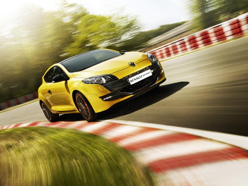 В России начались продажи Renault Megane R.S.