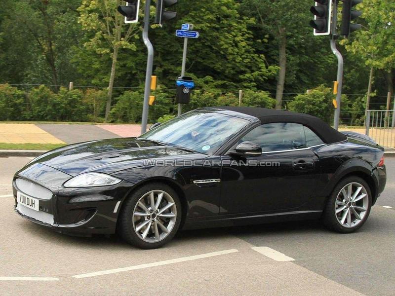 Jaguar XE spy