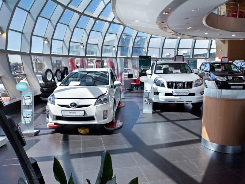 Россияне потратили на машины более 17 млрд долларов