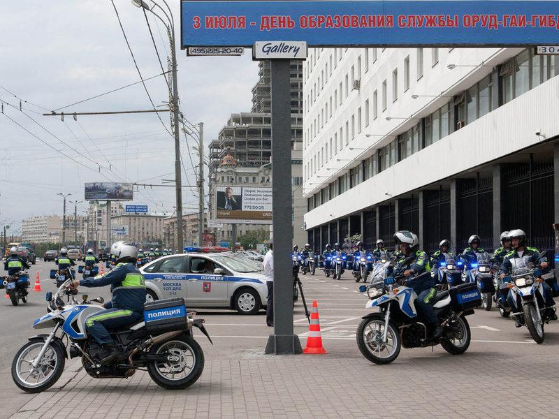 Московским полицейским предложили пересесть на скутеры