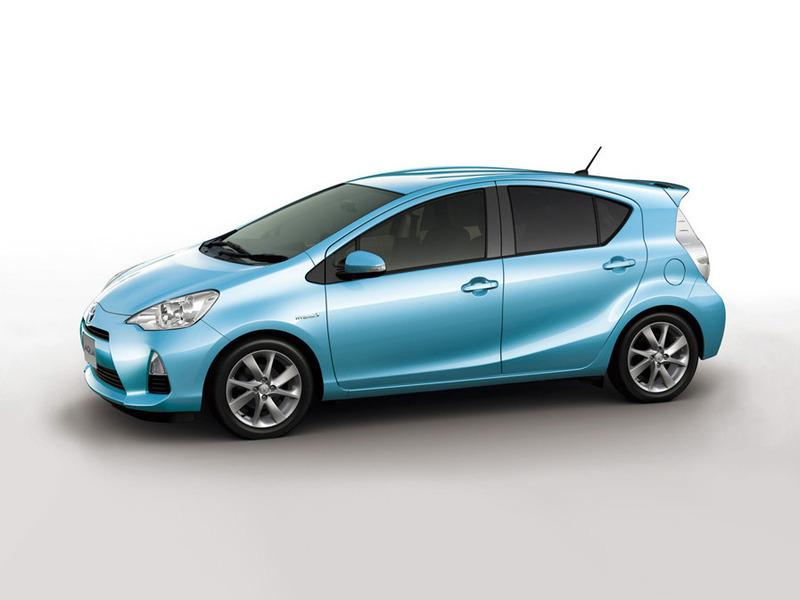 Toyota начала сборку самого экономичного автомобиля