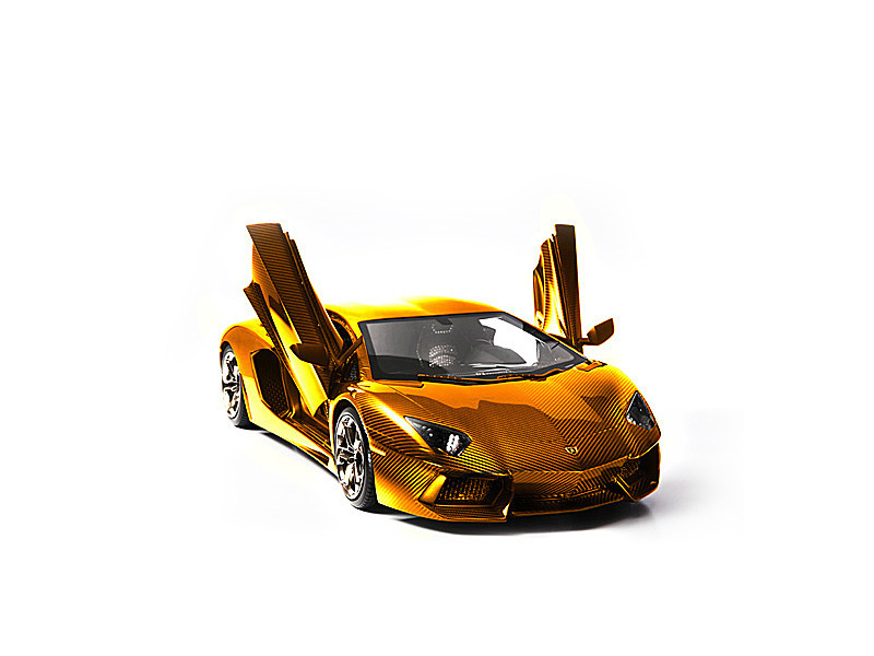 golden Lamborghini Aventador LP 700-4 model
