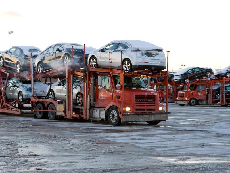 Запрет на движение грузовиков по дорогам приведет к росту цен на машины