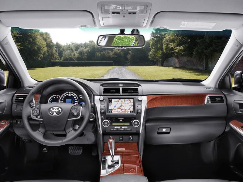 Новая Toyota Camry: японский капкан для чиновника Bg800_439523