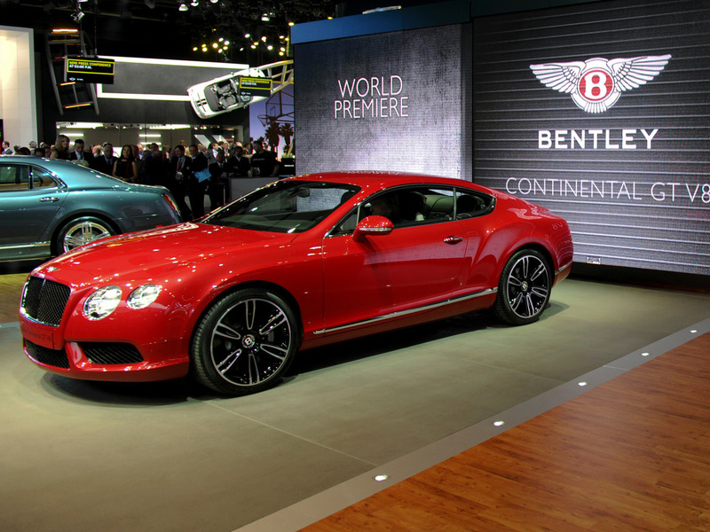 В Детройте показали 8-цилиндровый Bentley Continental GT
