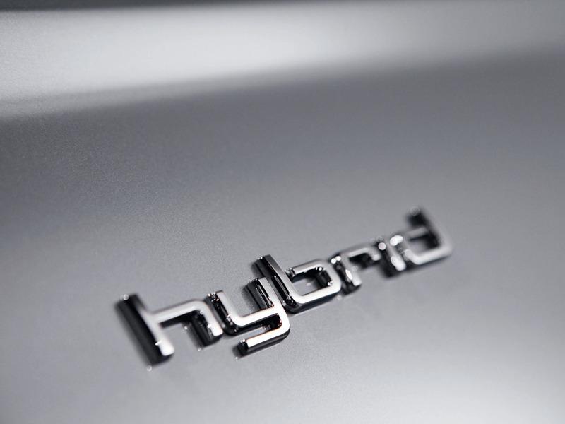 Большинство покупателей гибридов пересаживаются на обычные машины