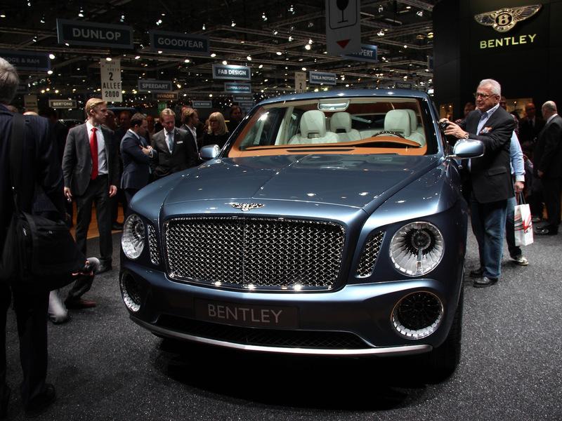 Кроссовер Bentley представят на автосалоне в Пекине со старым дизайном