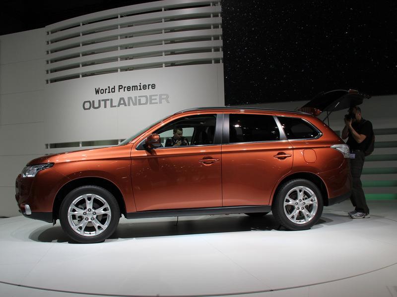 Мировая премьера Mitsubishi Outlander прошла в Женеве