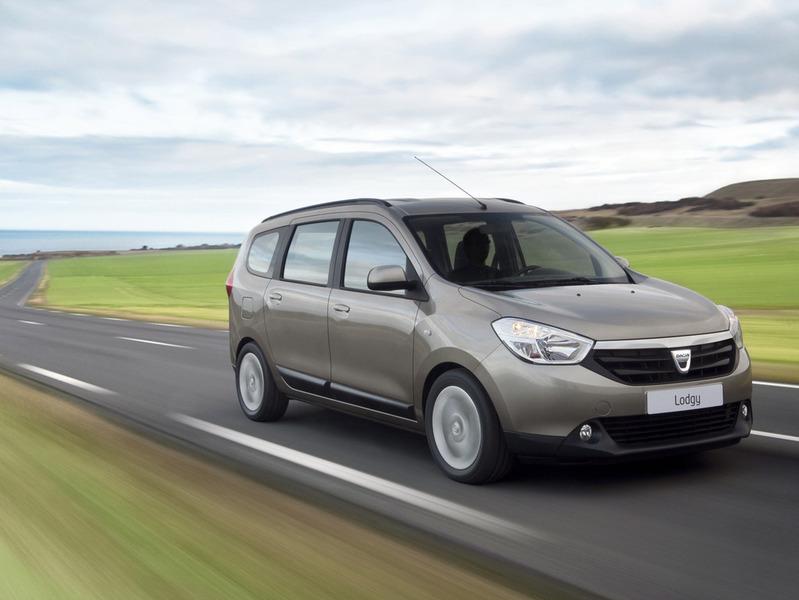 Dacia объявила европейские цены на компактвэн Lodgy