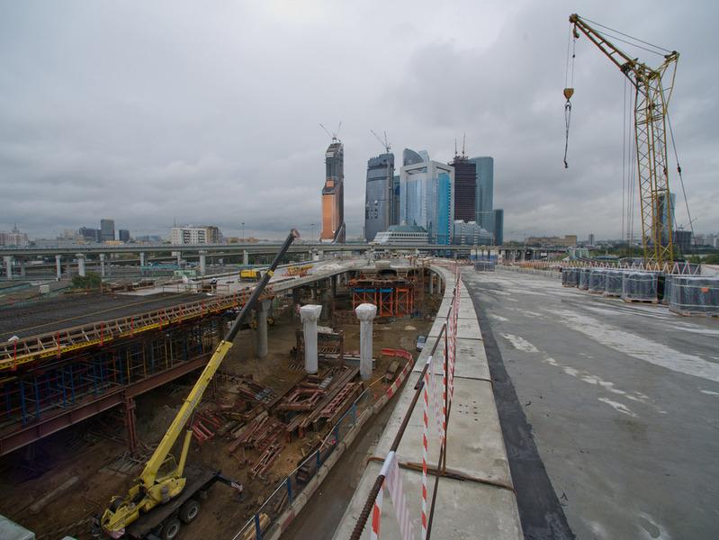 Затраты на дорожное строительство в Москве выросли за 3 года в 4 раза