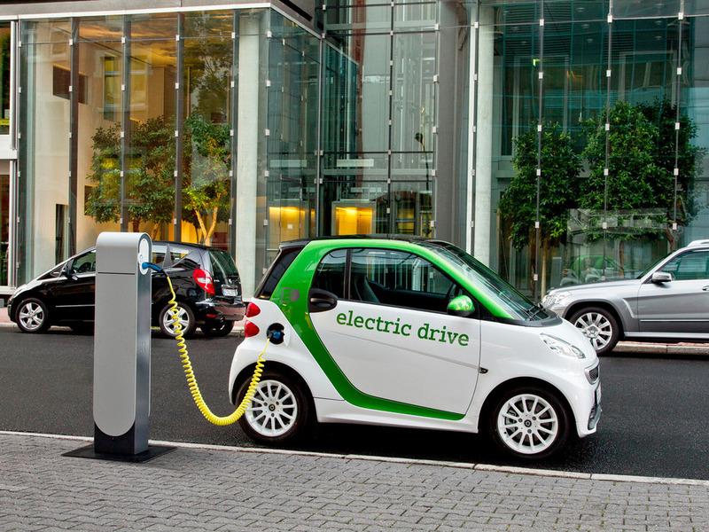 Daimler будет продавать в Китае электрический Smart