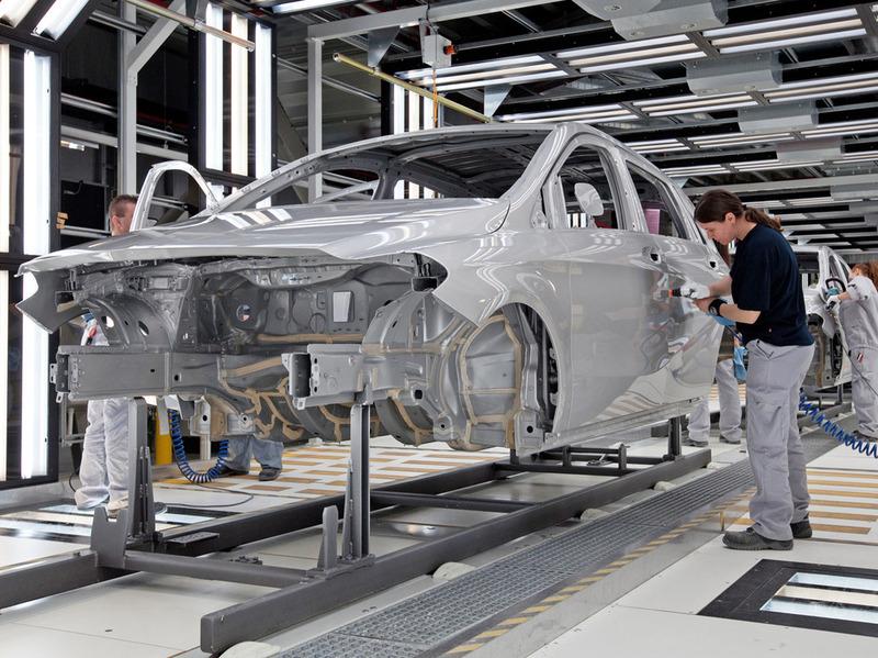 Минпромторг предложил поддержать автокомпании бюджетными деньгами