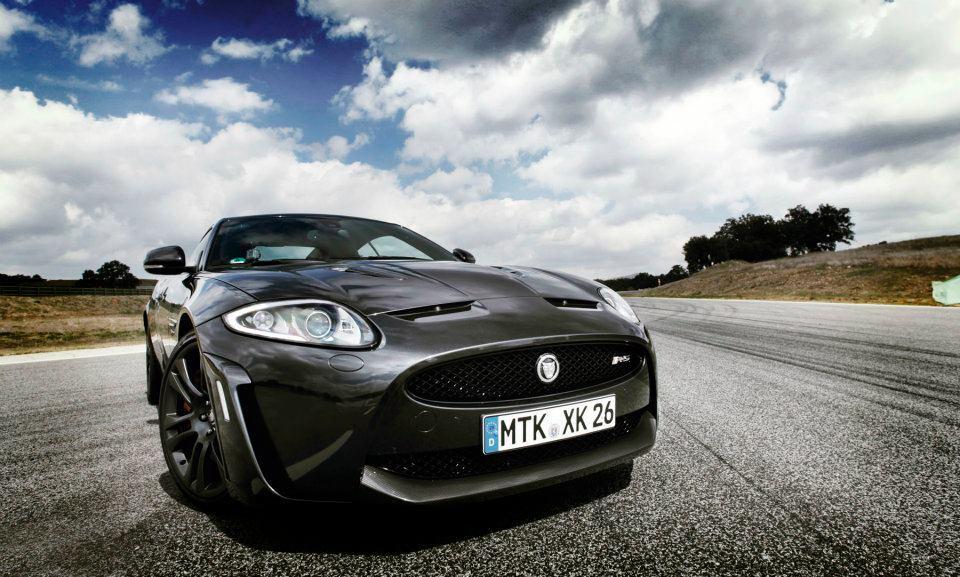 Видеотест спортивного купе Jaguar XKR-S