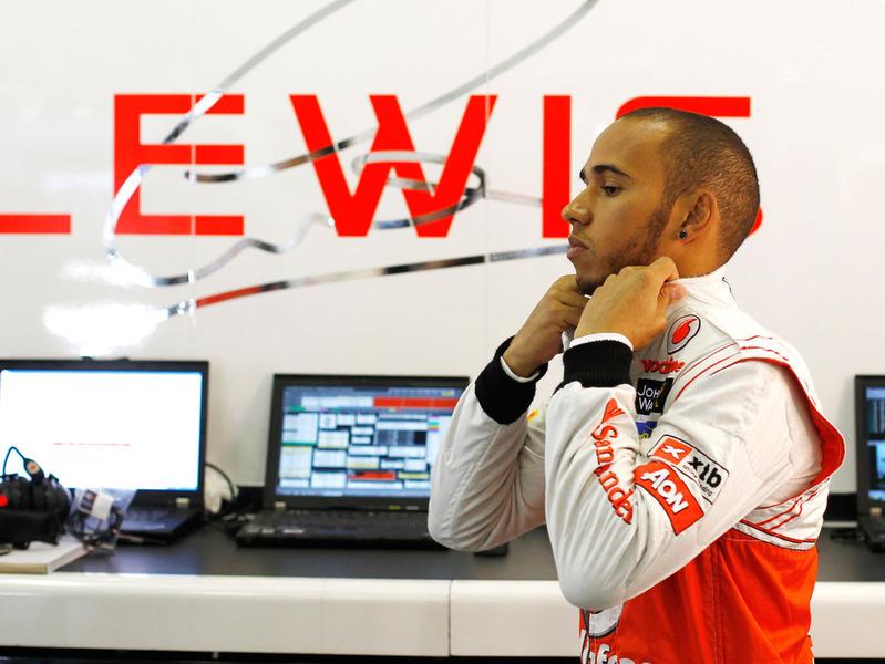 Гран При Бахрейна: Хэмилтон на McLaren вновь быстрейший