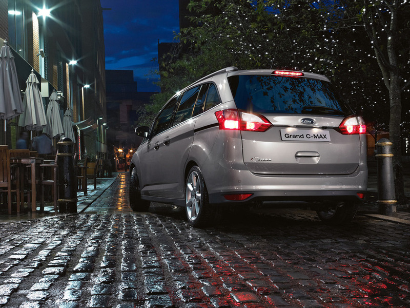 Ford Grand C-Max usual 2012