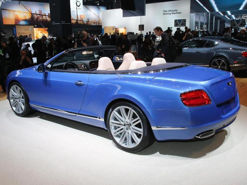 Bentley Continental GT Speed Convertible в Детройте 004