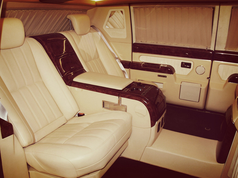 лимузин для президента ЗиЛ 4112Р салон кресла IMG_3519.JPG