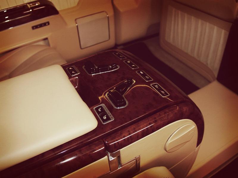 лимузин для президента ЗиЛ 4112Р приборка задних пассажиров IMG_3535.JPG