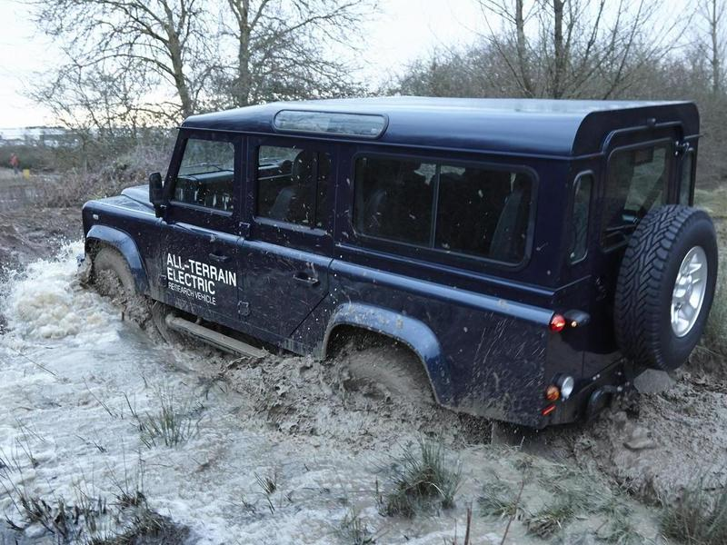 Land Rover Defender электро брод