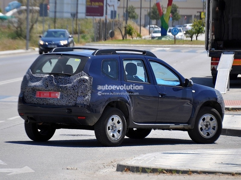 Renault Duster Facelift Spy