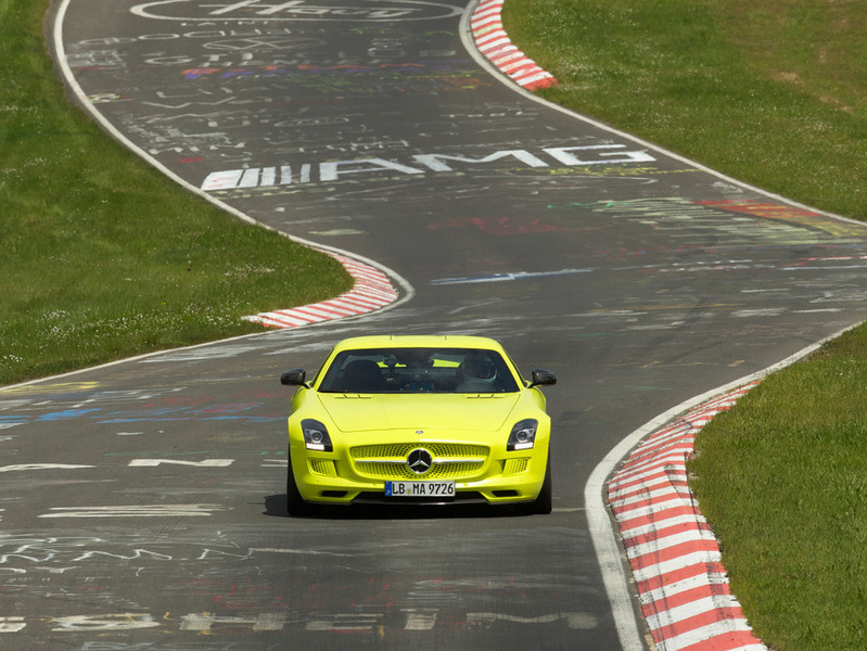 Mercedes-Benz SLS AMG Coupe Electric Drive Nordschleife Нюрбургринг