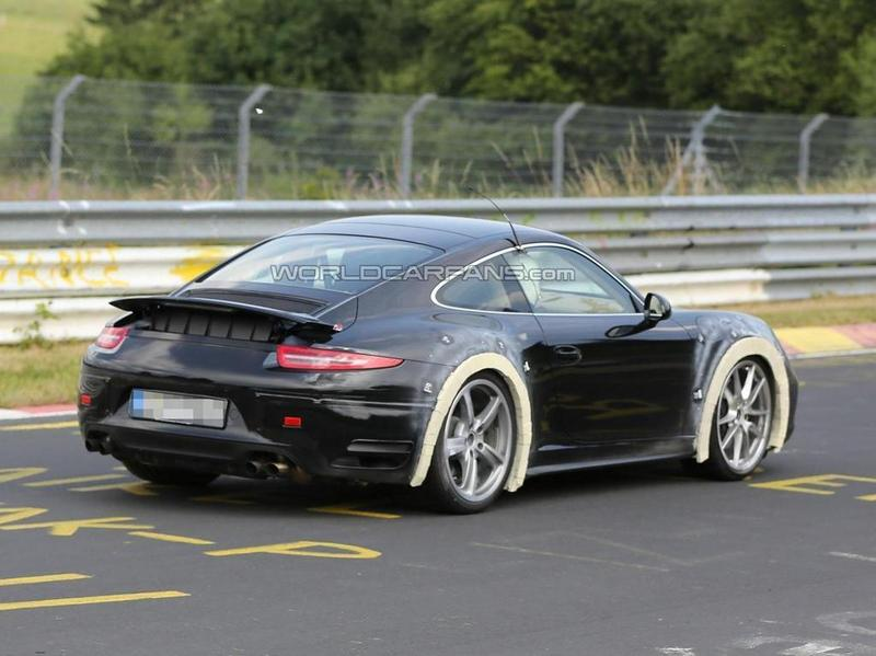 New Porsche 911 version spy