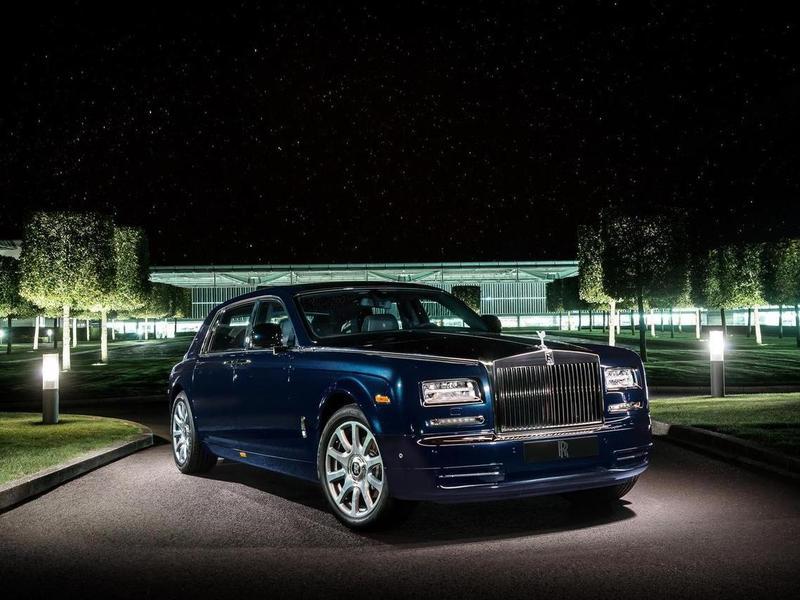 Rolls-Royce Phantom украсили четырьмя сотнями бриллиантов