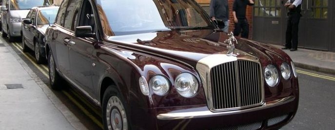 Bentley Arnage Red Label Елизавета II