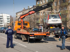 Эвакуация неправильно припаркованных машин будет стоить в Москве 5 тысяч