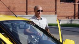 Опубликован список машин, которыми владеет Путин и его администрация