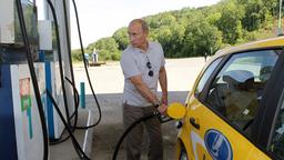 Путин возмутился качеством российского бензина и призывает Генпрокуратуру разобраться