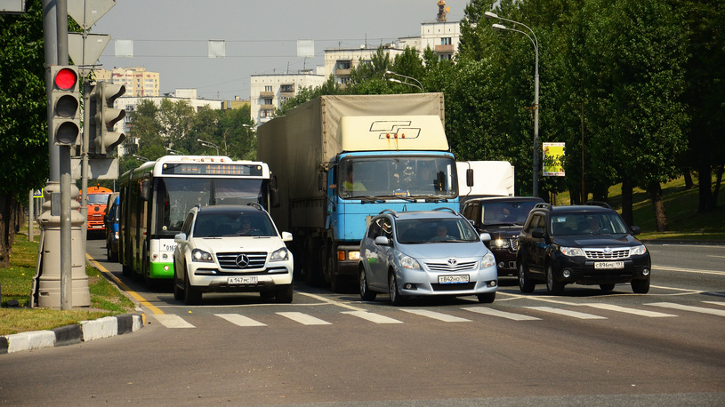 Российский автопарк продолжит стареть