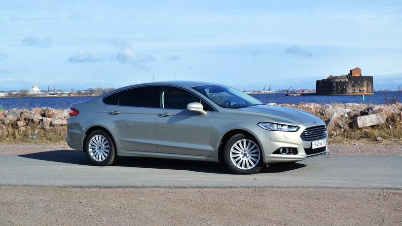 В России отзывают на ремонт сразу две партии Ford Mondeo