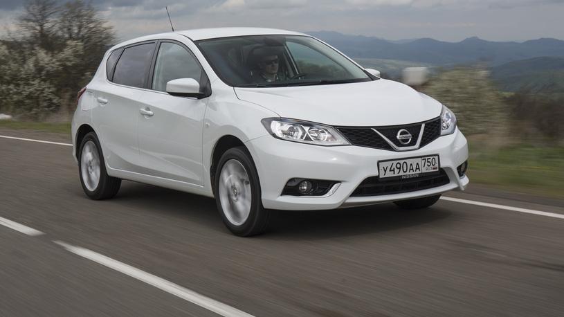 Тест-драйв Nissan Tiida: все что вы хотели знать о новом японском хэтчбеке