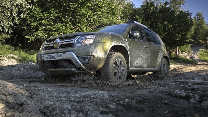 В Россия назвали самые популярные SUV мая