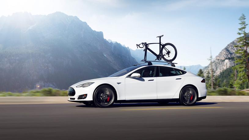 Электромобили Tesla лишились одной из систем безопасности