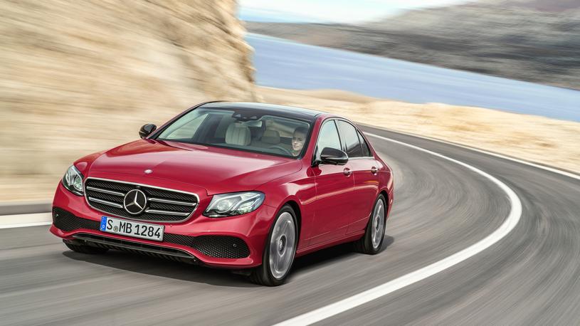 Официально: завод Mercedes-Benz в России запустят в 2019 году